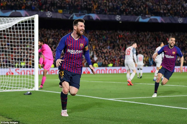 Những khoảnh khắc Messi nhấn chìm Liverpool tại Nou Camp - 10