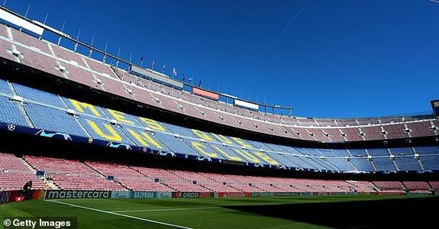 Barcelona 3-0 Liverpool: Cú đúp của Messi - 39