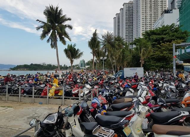 Du khách đến Nha Trang - Khánh Hòa tăng mạnh trong dịp lễ - 3