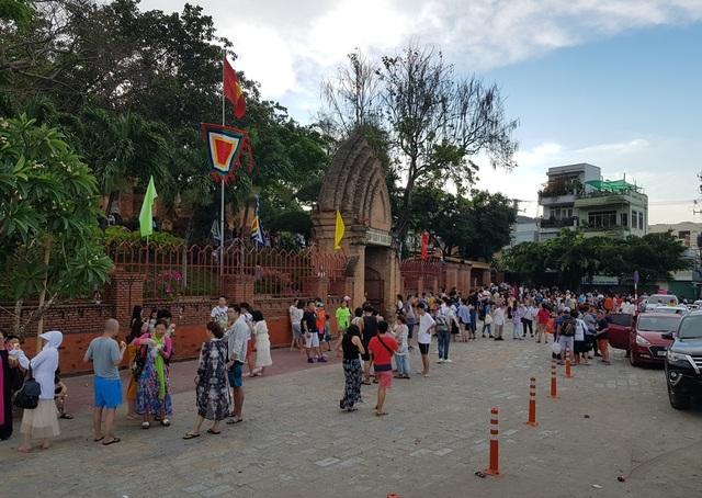 Du khách đến Nha Trang - Khánh Hòa tăng mạnh trong dịp lễ - 5