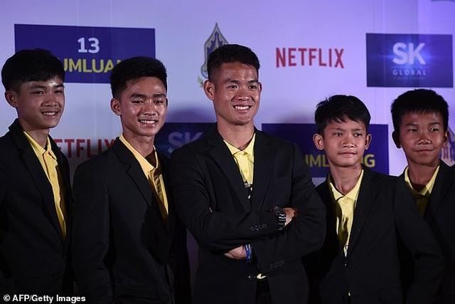 Đội bóng Thái Lan nhận hơn 2 tỷ đồng/người từ dự án phim - 7