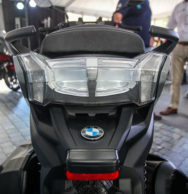 BMW tung ra hai mẫu xe ga sản xuất tại Trung Quốc - 19