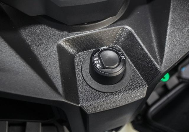 BMW tung ra hai mẫu xe ga sản xuất tại Trung Quốc - 14