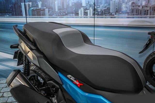 BMW tung ra hai mẫu xe ga sản xuất tại Trung Quốc - 7
