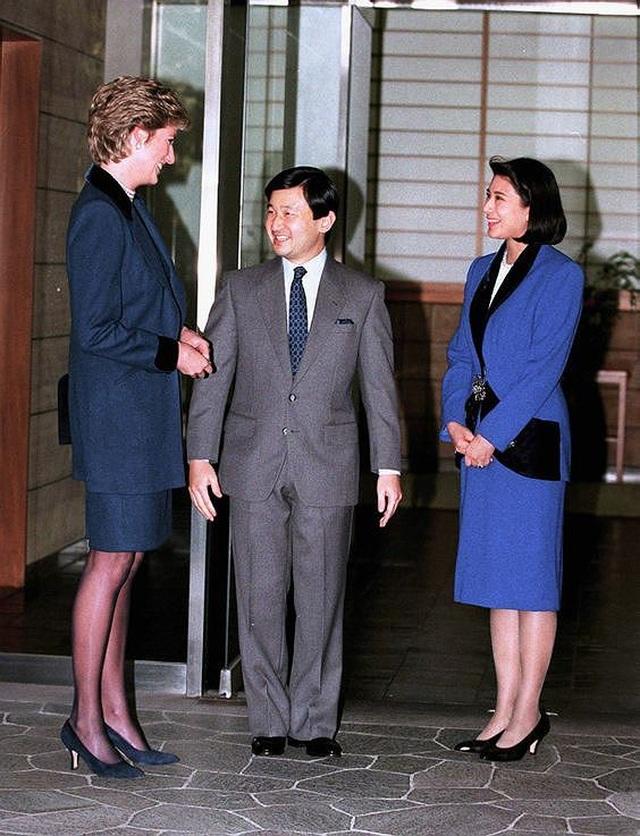 Cuộc sống khác cổ tích của tân Hoàng hậu Nhật Bản - 2