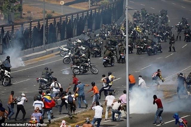 """Đảo chính Venezuela: """"Vết rạn"""" mới trong quan hệ Nga-Mỹ - 1"""