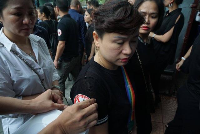 Hàng nghìn người tiễn đưa nữ nạn nhân bị tài xế say xỉn tông tử vong - 8
