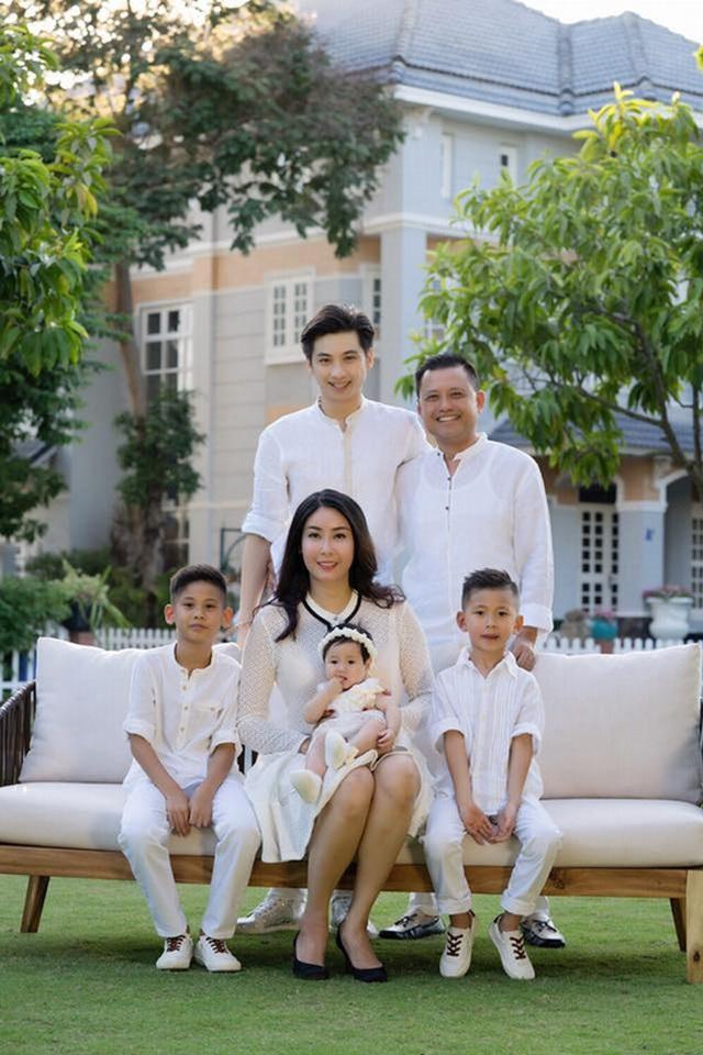 Tình bạn đáng ngưỡng mộ của diva Hồng Nhung và Hoa hậu Hà Kiều Anh - 12