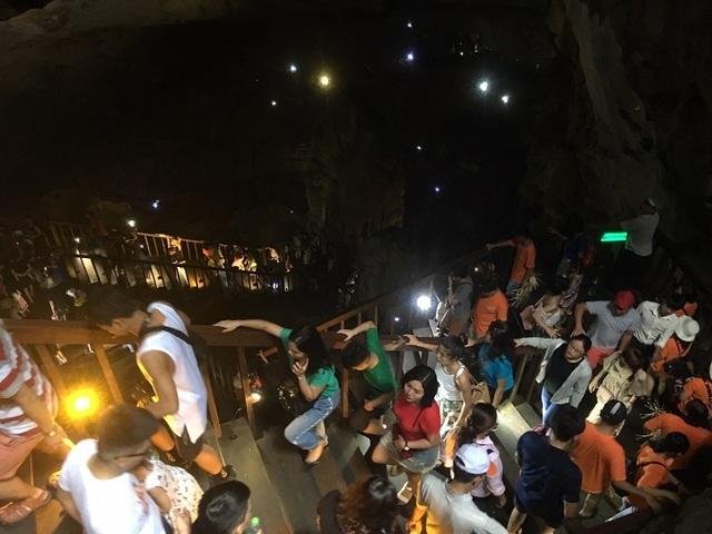 Quảng Bình đón 250 ngàn lượt khách trong 5 ngày nghỉ Lễ 30/4 – 1/5 - 2