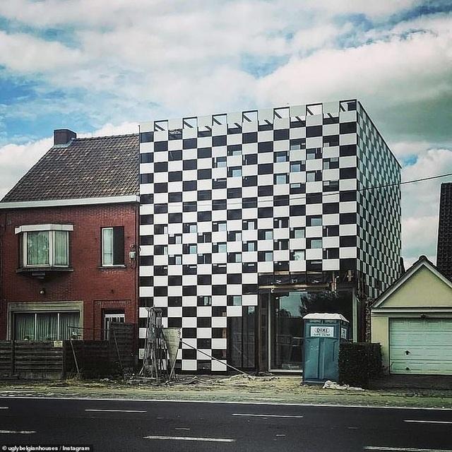 """Những ngôi nhà """"thảm họa"""" cho thấy đắc tội với kiến trúc sư là một sai lầm - 6"""