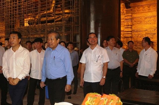 Phó Thủ tướng Trương Hòa Bình kiểm tra công tác chuẩn bị cho Đại lễ Vesak - 2