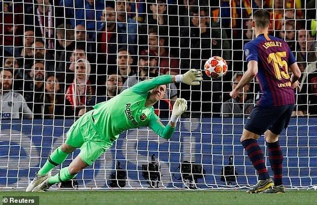 Barcelona 3-0 Liverpool: Cú đúp của Messi - 8