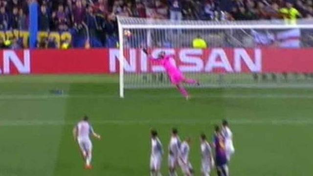 Barcelona 3-0 Liverpool: Cú đúp của Messi - 5