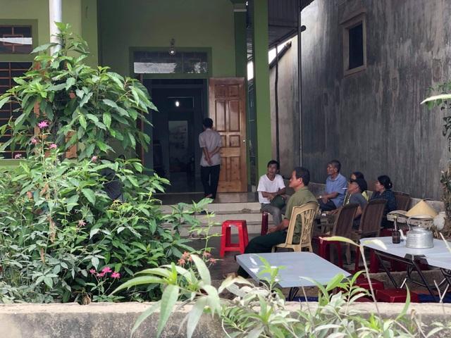 Sở GDĐT Nghệ An thăm hỏi, động viên gia đình 3 học sinh bị đuối nước - 2