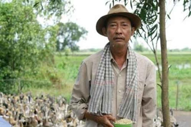 Nghệ sĩ Lê Bình: Chuyên trị vai nghèo và chưa một lần đóng vai chính - 3
