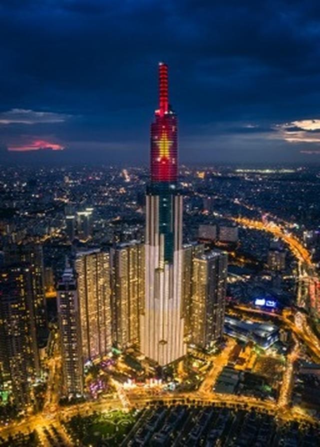 Choáng ngợp màn pháo hoa mãn nhãn từ toà tháp cao nhất Đông Nam Á. - 1
