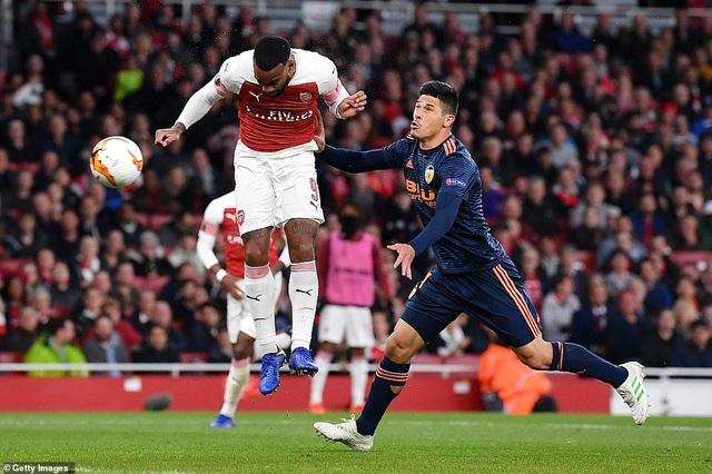 Arsenal 3-1 Valencia: Cú đúp của Lacazette - 6