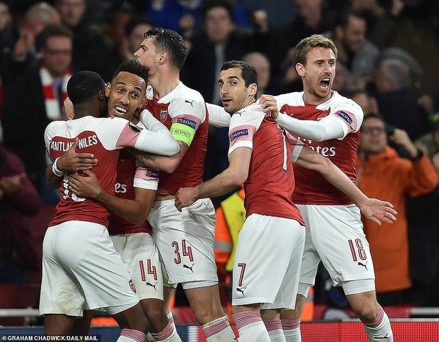 Arsenal 3-1 Valencia: Cú đúp của Lacazette - 11