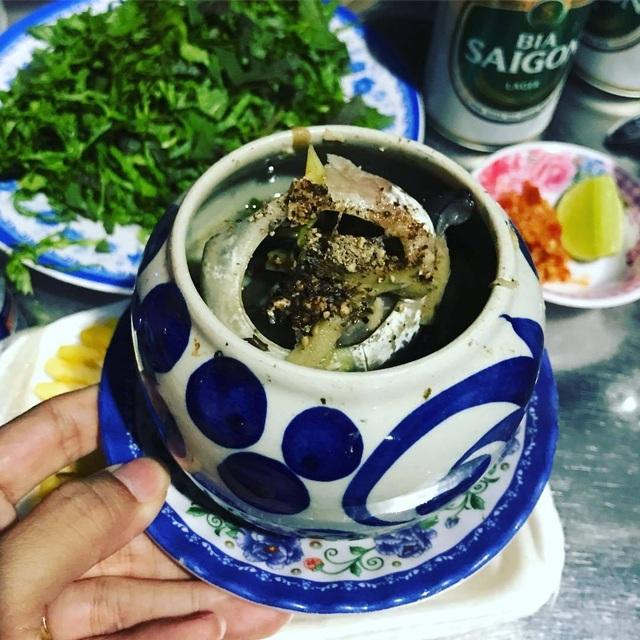 """Kỳ lạ món """"đèn pha đại dương"""", trông thì ghê nhưng ăn lại mê ở Phú Yên - 2"""