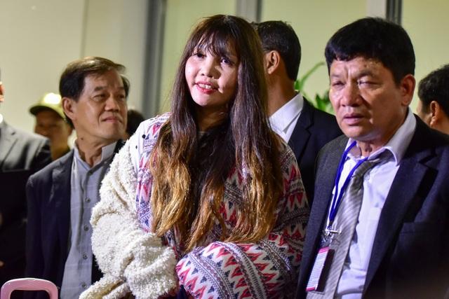 Đoàn Thị Hương về tới Việt Nam sau khi được trả tự do tại Malaysia - 2
