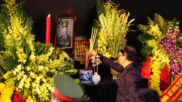 Lễ an táng Đại tướng, nguyên Chủ tịch nước Lê Đức Anh - 10