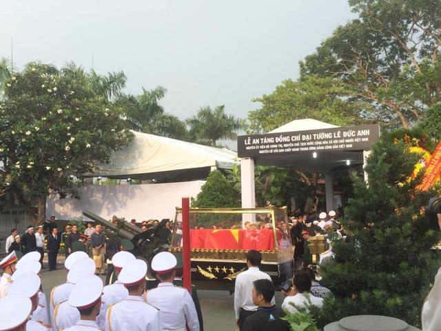 Lễ an táng Đại tướng, nguyên Chủ tịch nước Lê Đức Anh - 16