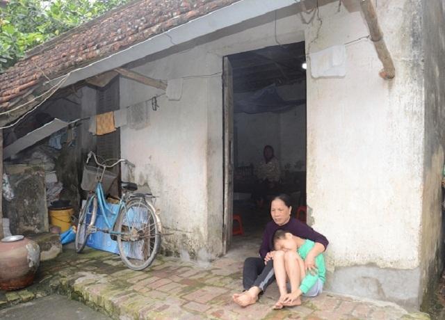 Hai bà cháu rau cháo nuôi nhau sau vụ tai nạn cướp đi sinh mạng bố mẹ bé 8 tuổi - 10