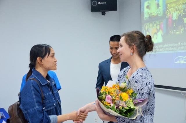 Các giảng viên Hoa Kỳ chia sẻ kinh nghiệm chọn chuyến du học hè đúng nghĩa tại đất nước cờ hoa - 1