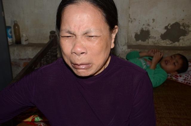 Hai bà cháu rau cháo nuôi nhau sau vụ tai nạn cướp đi sinh mạng bố mẹ bé 8 tuổi - 18