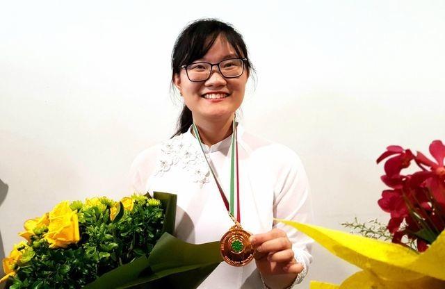 """Cô gái vàng Sinh học Việt Nam"""" nhận học bổng 7 tỷ đồng của Viện công nghệ danh giá thế giới - 1"""