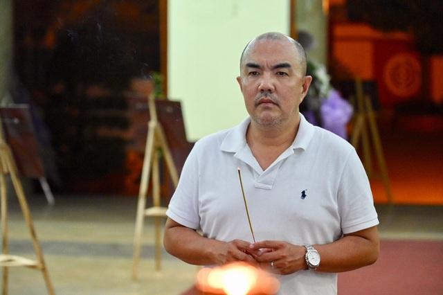 Trấn Thành cảm thấy có lỗi vì đã không đến thăm Lê Bình khi ông nằm viện - 18