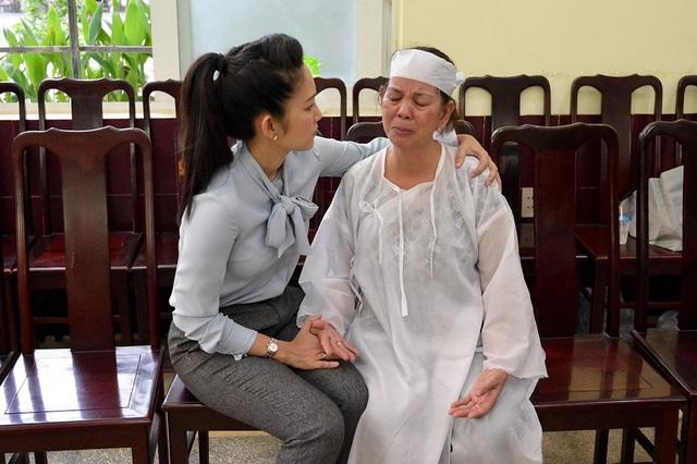 Trấn Thành cảm thấy có lỗi vì đã không đến thăm Lê Bình khi ông nằm viện - 7