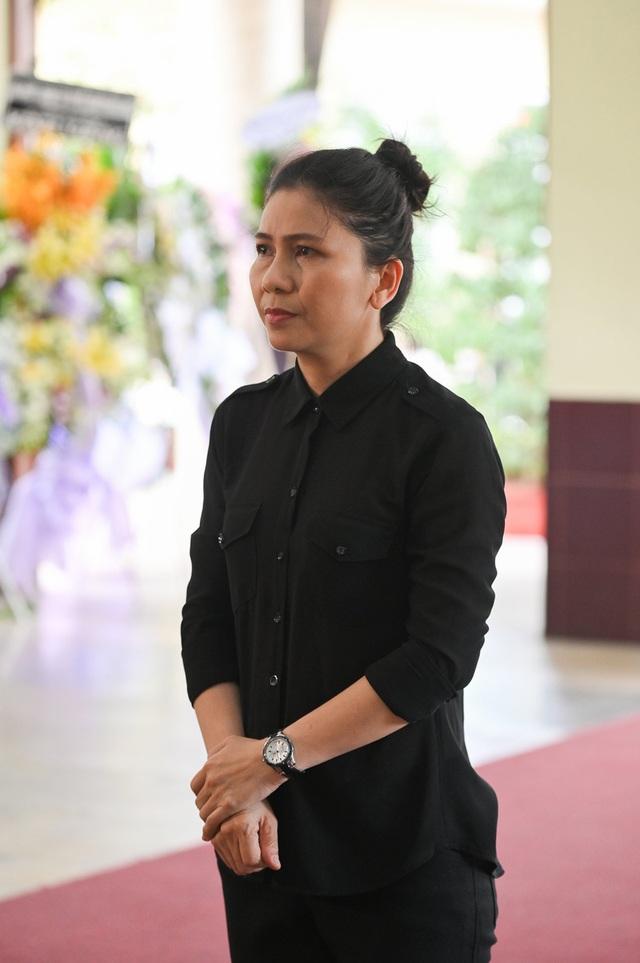 Trấn Thành cảm thấy có lỗi vì đã không đến thăm Lê Bình khi ông nằm viện - 14