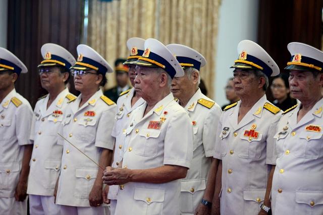 Đông đảo lãnh đạo, nhân dân miền Nam đến tiễn đưa nguyên Chủ tịch nước Lê Đức Anh - 10