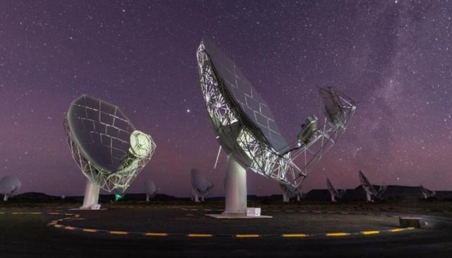 """Hệ thống kính viễn vọng có thể cùng lúc """"nghe – nhìn"""" vũ trụ - 2"""