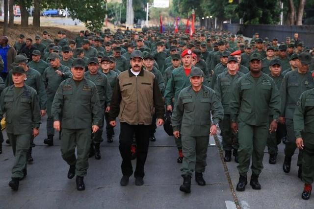 Venezuela ra trát bắt giữ thủ lĩnh tinh thần của phe đối lập sau đảo chính bất thành - 2