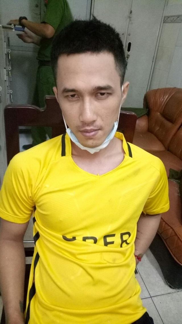 Nghi can sát hại 3 người thân trong gia đình ở Sài Gòn mới cai nghiện về