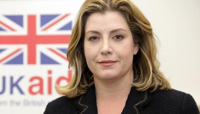 Chân dung nữ bộ trưởng quốc phòng đầu tiên trong lịch sử Anh - 2