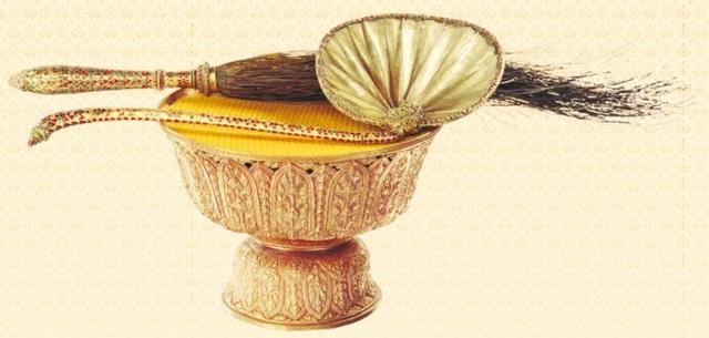 5 báu vật hoàng gia được trao trong lễ đăng cơ của Quốc vương Thái Lan - 5