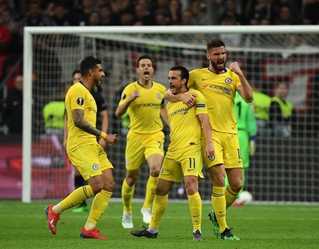 Hòa trên sân Frankfurt, Chelsea giành lợi thế ở bán kết Europa League - 1