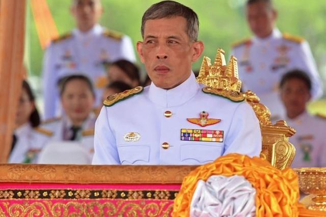 5 báu vật hoàng gia được trao trong lễ đăng cơ của Quốc vương Thái Lan - 1