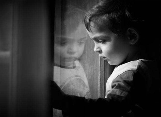 Bệnh tự kỷ có thể được chẩn đoán sớm từ 14 tháng - 1