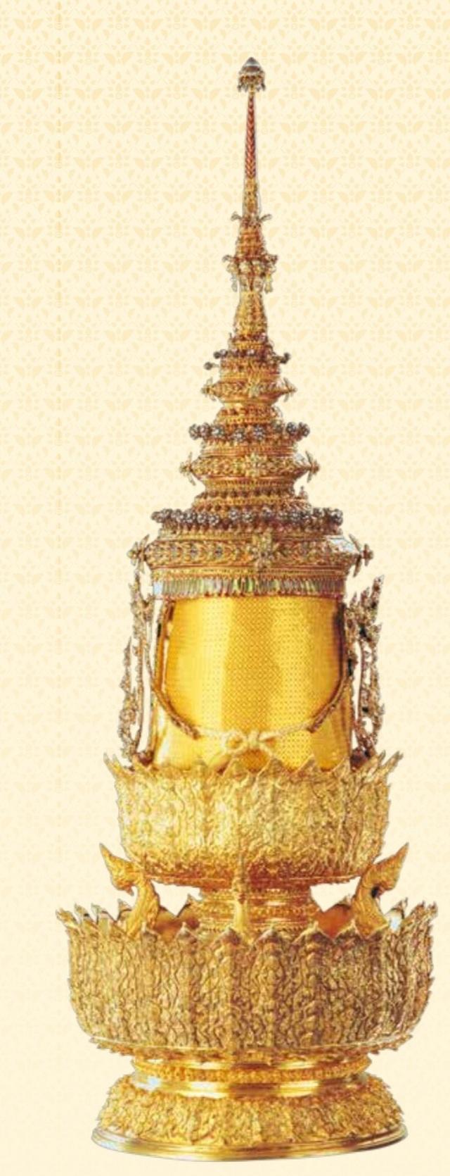 5 báu vật hoàng gia được trao trong lễ đăng cơ của Quốc vương Thái Lan - 2