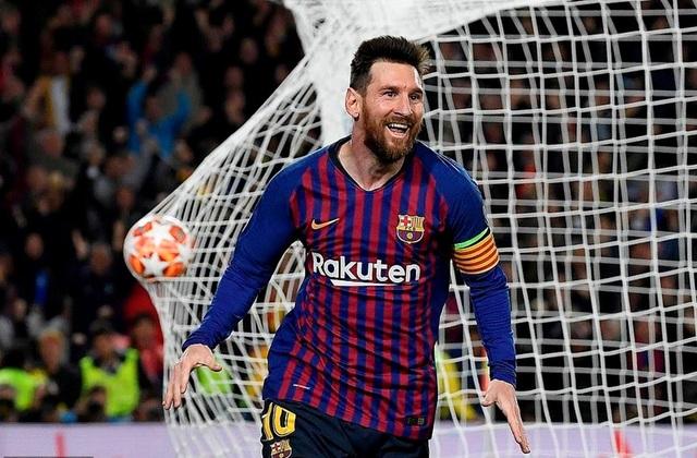 """HLV Mourinho: """"Messi là vị Chúa của bóng đá"""" - 1"""