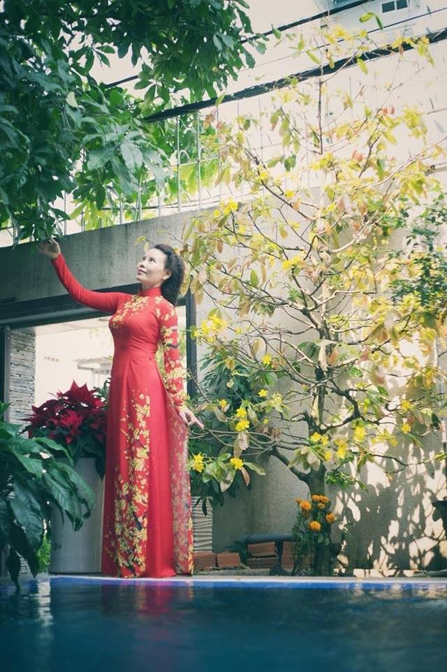Ngắm căn biệt thự sang trọng ngập tràn hoa lá của Hồ Ngọc Hà - 16