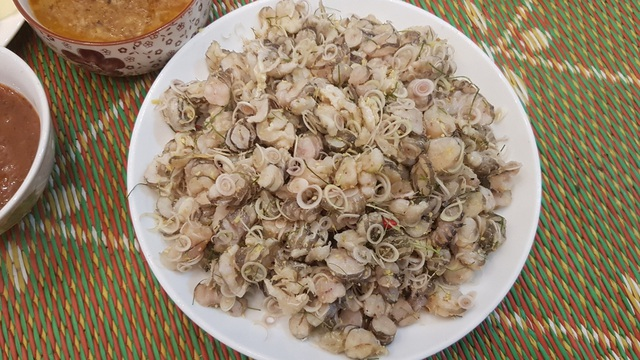 """Những món đặc sản nhiều người nhìn đã """"sởn da gà"""" ở Ninh Bình - 4"""