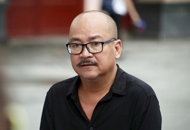 Gia đình Lê Bình trao 100 triệu ủng hộ nghệ sĩ nghèo theo di nguyện của ông  - 13