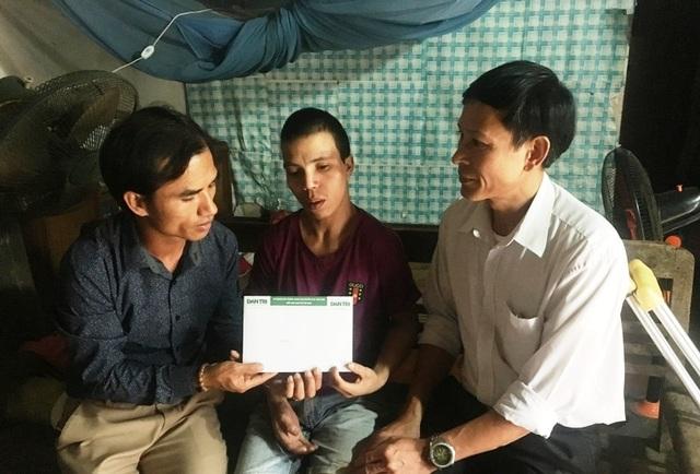 Anh Mã Văn Thuận tiếp tục được bạn đọc Dân trí giúp đỡ gần 20 triệu đồng - 2