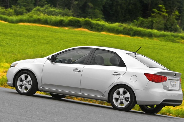 Hyundai và Kia bị tố cố tình bán xe lỗi túi khí - 1