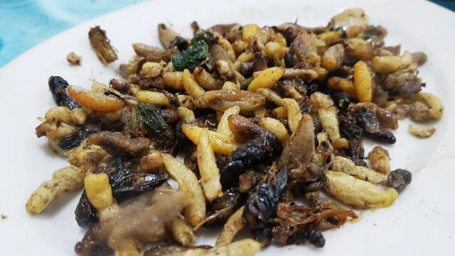 """Những món đặc sản nhiều người nhìn đã """"sởn da gà"""" ở Ninh Bình - 7"""